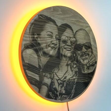 - Güneş Tutulması Kişiye Özel Resimli Ahşap Işıklı Tablo