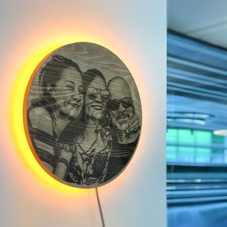 Güneş Tutulması Kişiye Özel Resimli Ahşap Işıklı Tablo - Thumbnail