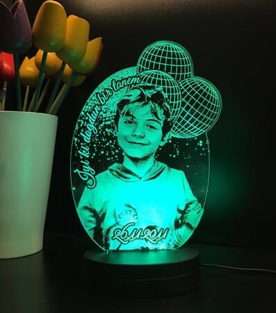 - Kişiye Özel Çizgisel Balonlu Oval 3D Led Lamba