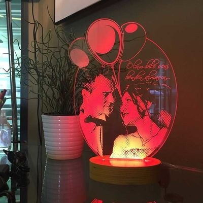 Kişiye Özel Resimli Balonlu Oval 3D Lamba