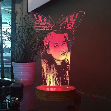 - Kişiye Özel Resimli Uzun Kelebek Aydınlatma Lambası