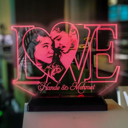 - Sevgililer Gününe Özel Resimli LOVE yazılı Led Lamba